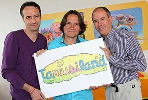 Kooperation: Programmdirektor Carsten Göttel (Super RTL), Kinderliedermacher Detlev Jöcker und Geschäftsführer Claude Schmit (Super RTL) von links nach rechts. Copyright: Super RTL